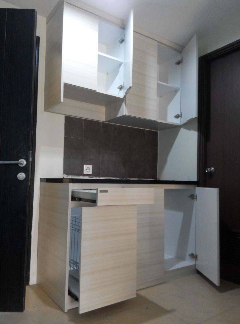 Harga Lemari Dapur Kaca Yang Lebih Memukau Peminat Banyak Orang Kitchen Set Jakarta