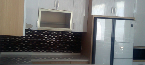Gambar Kitchen Set Klien Ternate Dengan Tipe Letter L