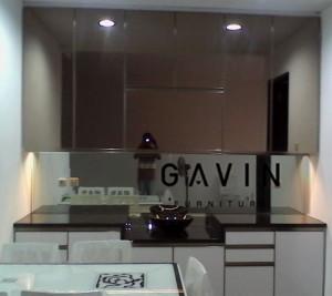 Lemari Dapur Kering Dengan Cermin Brown