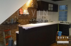 Kitchen Set Minimalis Dengan Minibar Finishing Duco Di Karawaci