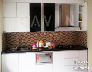 Kitchen Set Minimalis Murah HPL Putih Di Bintaro