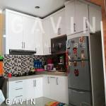 Kitchen Set Duco Minimalis Putih Bawah Tangga