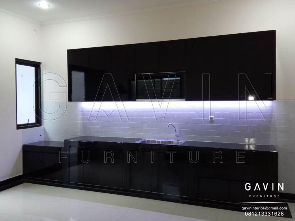 Kitchen Set Minimalis Modern Hitam Glossy Project Cipulir Q2983
