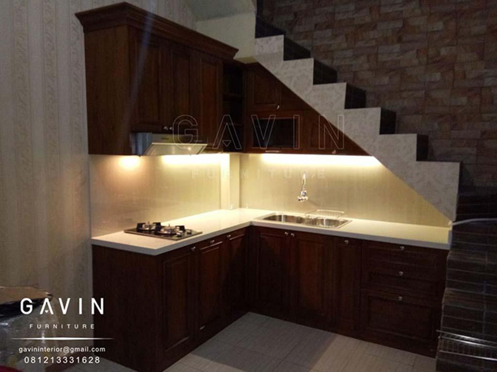 Pembuatan Kitchen Set Klasik Dengan Kayu Jati Finishing Melamik