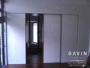 Q2380 bagian dalam lemari sliding 3 pintu
