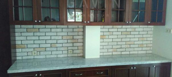 lemari dapur kayu solid finishing melamik