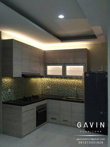 jual kitchen set minimalis modern finishing hpl kombinasi kaca es Q2706