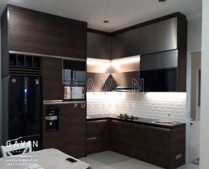 contoh kitchen set minimalis modern kombinasi hpl project Bintaro Q2293