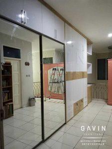 model lemari pakaian sliding minimalis kombinasi lemari buffet Q2643