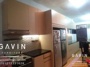 Desain Kitchen Set Minimalis Modern Finishing HPL Q2793