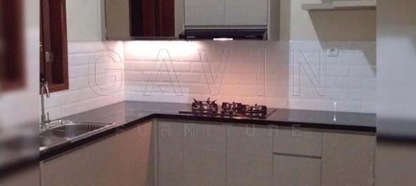 contoh lemari dapur HPL TH 371 H project di Petukangan Q3097