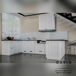 Design 3D kitchen set model klasik semi glossy putih project cibubur by Gavin Q3108
