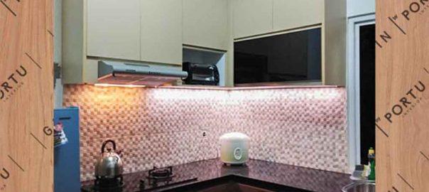 design lemari dapur kecil minimalis letter L di Bintaro id3220