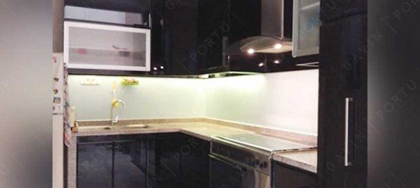 kitchen set bahan anti rayap minimalis duco hitam di Joglo id3230