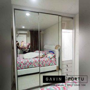 lemari pintu sliding minimalis modern kombinasi cermin project di Cikupa id3283