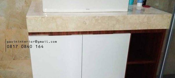 contoh kabinet wastafel minimalis kamar mandi di Kosambi Dalam id3408