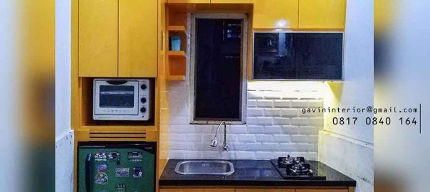 model kitchen set minimalis mungil warna kuning di Tanah Abang id3728