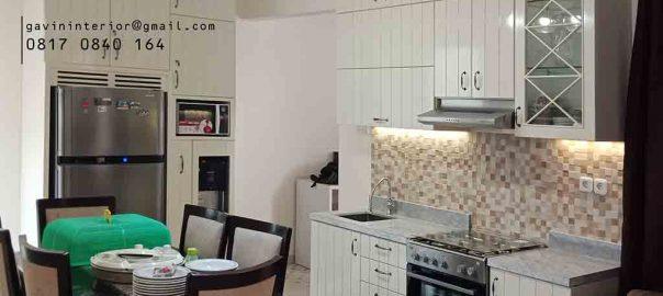contoh lemari dapur kering semi klasik di Kemanggisan id3292