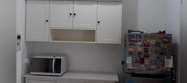 jasa pembuatan kitchen set semi klasik warna putih di Tangerang id3871