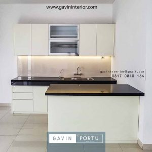 gambar kitchen set minimalis murah dan island finishing hpl project Cibubur id3925