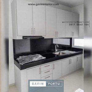 gambar kitchen set sederhana minimalis putih di Bintaro Jaya id3947