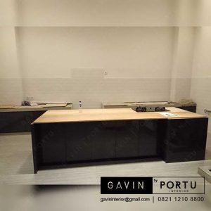 contoh lemari dapur bawah minimalis dengan island di Depok id3241
