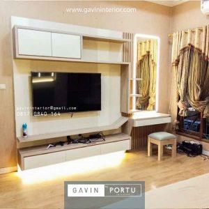 backdrop tv minimalis hpl modern dengan meja rias Gavin by Portu id3821