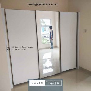 contoh lemari sliding 3 pintu minimalis kombinasi cermin id3356