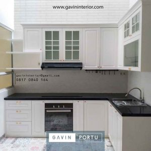 gambar kitchen set finishing duco design klasik Gavin by Portu id4015