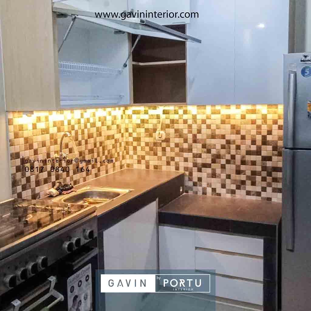 Design Kitchen Set Minimalis Untuk Dapur Kecil Letter L Brigif Mansion Jagakarsa Kitchen Set Jakarta