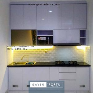 gambar kitchen set design bentuk i minimalis warna putih mengkilap di Kebon Jeruk id4278