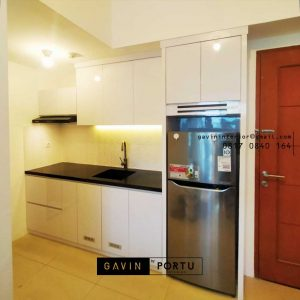 Contoh Design Kitchen Set Minimalis Putih Apartemen Signature Park Grande Kramat Jati id4774P