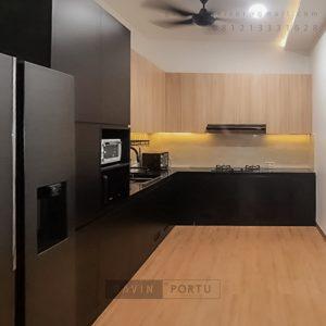 Kitchen Set Minimalis Motif Kayu & Black Perumahan Sunrise Garden Kebon Jeruk Jakarta Barat ID5155P